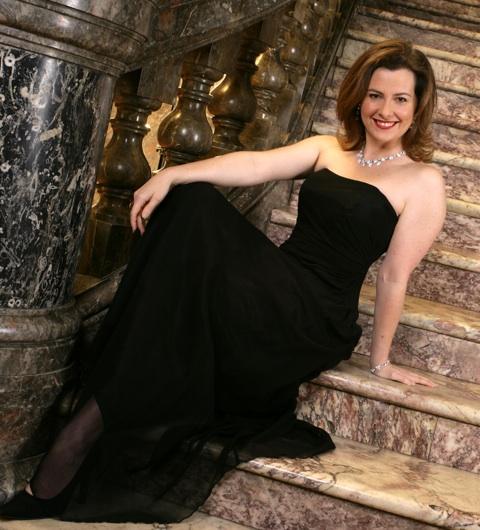 Sally-Anne Russell - mezzo soprano