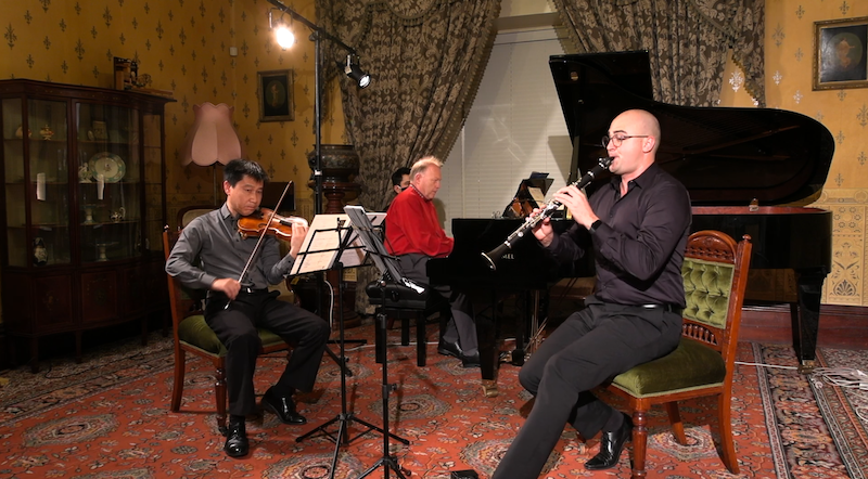 Yi Wang (violin), Darryl Coote (piano), Justin Beere (clarinet); live-streamed recital from Glenfern, March 2021